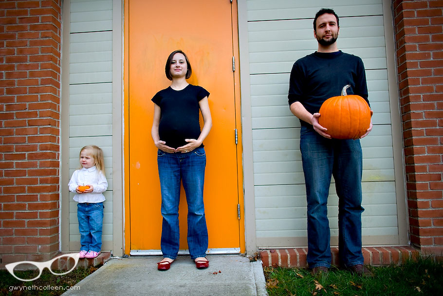 Here are some great ideas for Pregnancy Halloween Costumes!